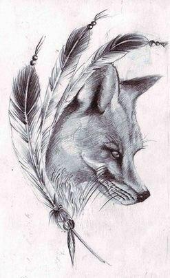 Черно-белый эскиз тату - лиса с перьями