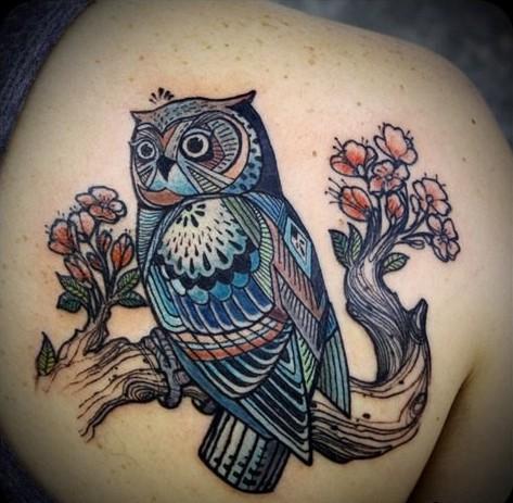 татуировка в виде совы
