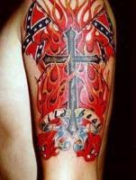 Тату огонь крест и два флага на плече