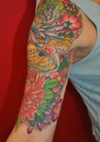 Тату на руку цветение сакуры