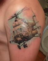 тату вертолет ми 8 на плече