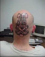 татуировки на голове