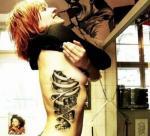tattoo на ребрах